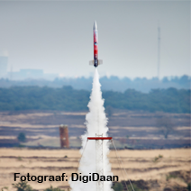 Bouw een eigen satelliet en lanceer deze met een echte raket!