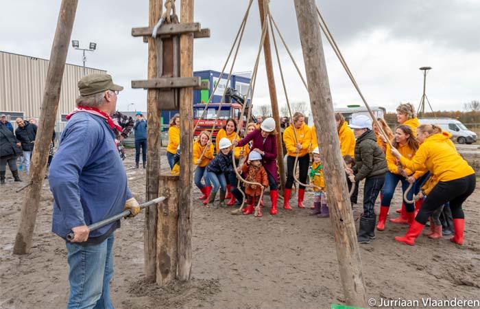 Eerste ecologische basisschoolgebouw van Nederland in Almere