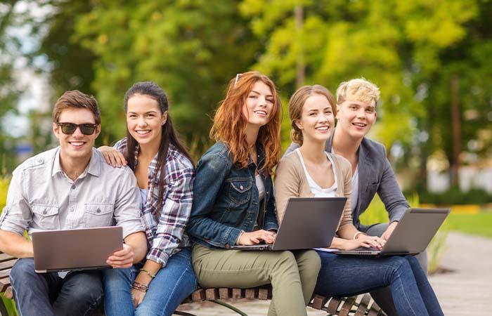 Denkbeelden over jongens en meiden leiden tot verschillen in school- en beroepsloopbanen