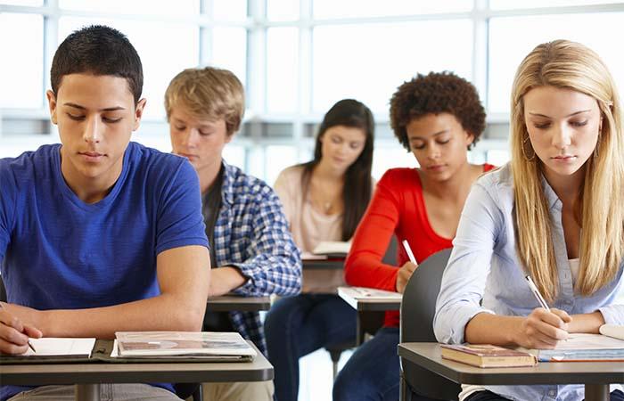 Fysiek onderwijs open, andere coronamaatregelen verlengd