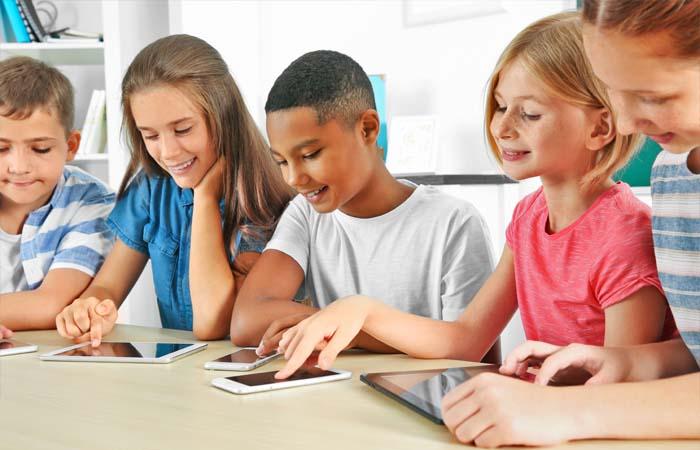 Hoe herken je een slecht gebit bij kinderen in de klas?